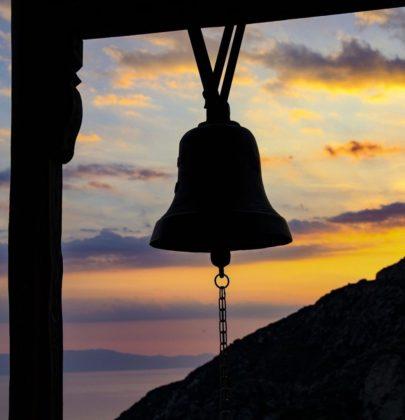 Dok su zvona zvonila