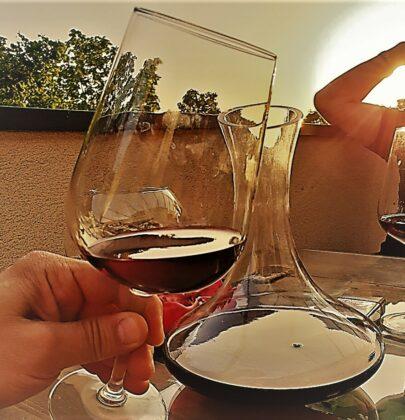 Crveno vino i njegova večna tajna & istina